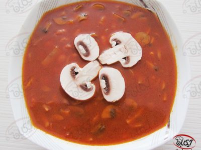 خوراک لوبیا با قارچ