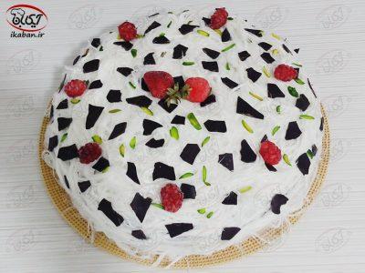 کیک تر با پشمک